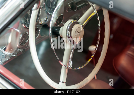 mercedes benz 300 sl cabriolet vintage car altered. Black Bedroom Furniture Sets. Home Design Ideas