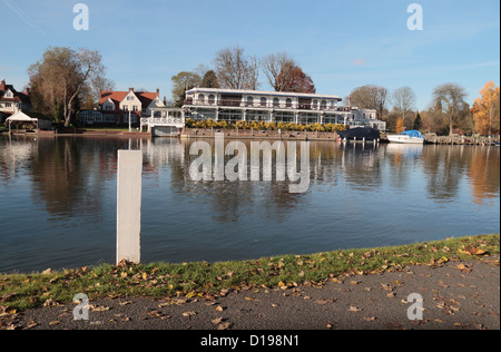 View of the white markers on the finishing line of the Henley Royal Regatta, Henley On Thames, Oxfordshire, UK. - Stock Photo