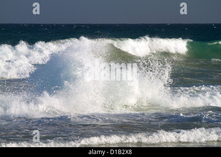 Pacific ocean waves off the island coast of Kauai, Hawaii, USA. - Stock Photo