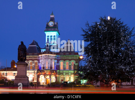 Grantham Town Hall and statue of Sir Isaac Newton at Xmas, Lincolnshire, England, UK - Stock Photo