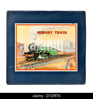 Rare 1950's Hornby (Meccano) No 101 Tank Passenger Train Set with clockwork tinplate LMS locomotive and carriages - Stock Photo