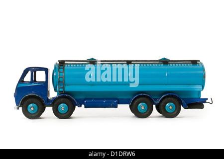 Rare original 1948-1952 dark blue version of the Dinky Supertoys Foden 14-ton Tanker No 504 - Stock Photo