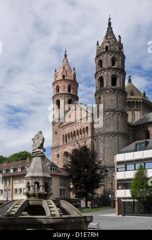 The New Romanesque Cathedral of St. Peter, from the Marktplatz, by the Siegfried Fountain, Worms, Rhineland Palatinate, - Stock Photo