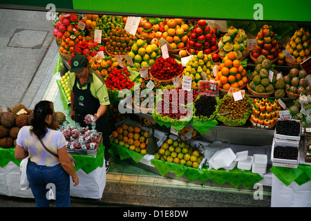 Fruit stall, Mercado Municipal, Sao Paulo, Brazil, South America - Stock Photo