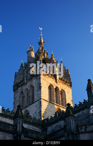 Crown Spire of St. Giles Cathedral (High Kirk), Royal Mile, Old Town, Edinburgh, Scotland, United Kingdom, Europe - Stock Photo