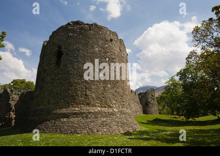 Old Inverlochy Castle and Ben Nevis, Inverlochy, Fort William, Lochaber, Scotland, United Kingdom, Europe - Stock Photo