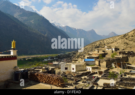 Marpha village, Annapurna Conservation Area, Mustang District, Dhawalagiri (Dhaulagiri), Western Region (Pashchimanchal), - Stock Photo