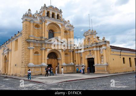Iglesia San Pedro (Church of Saint Peter), Antigua, UNESCO World Heritage Site, Guatemala, Central America - Stock Photo