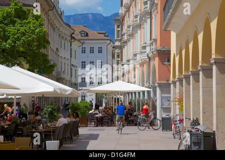 Cafes and shops, Via Mostra, Bolzano, Bolzano Province, Trentino-Alto Adige, Italy, Europe - Stock Photo