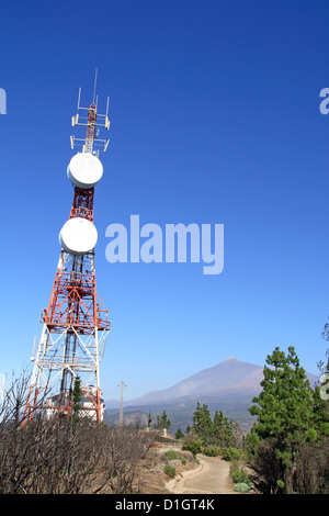 broadcast aerial - Stock Photo