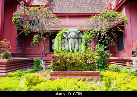 Elephant statue outside The National Museum of Cambodia, Phnom Penh, Cambodia, Indochina, Southeast Asia, Asia - Stock Photo