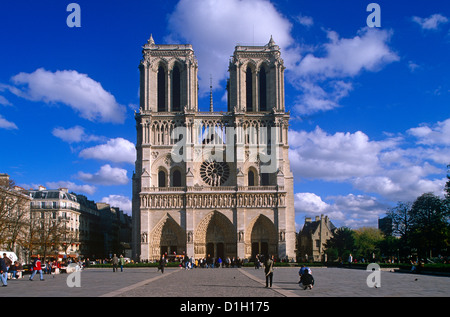 West front of the Notre Dame, Paris, France - Stock Photo