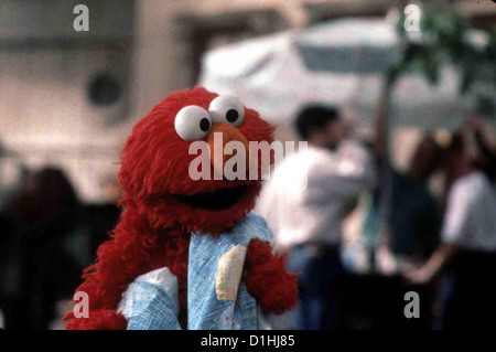 Adventures Of Elmo In Grouchland   --   Elmo *** Local Caption *** 1999  Columbia TriStar - Stock Photo