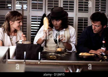 Benny & Joon  Benny & Joon  Mary Stuart Masterson, Johnny Depp, Aidan Quinn Benny (Aidan Quinn,r) wird ziemlich - Stock Photo