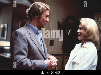 Dressed To Kill  Dressed To Kill  Michael Caine, Angie Dickinson Kate (Angie Dickinson) sucht den Psychiater Dr. - Stock Photo