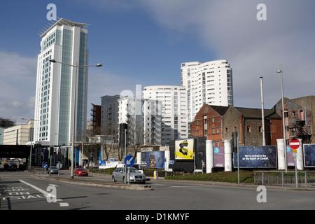 Modern skyline Cardiff Wales, The Radisson Blu hotel left, and the Altolusso - Stock Photo