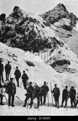 Austro-Hungarian troops in the Carpathian Mountains during World War I, 1917 - Stock Photo