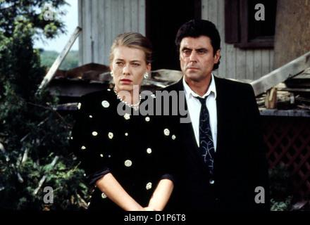 Original Oder Faelschung  In Frame  Marina Zimmer (Barbara Rudnik), David Cleveland (Ian McShane) *** Local Caption - Stock Photo