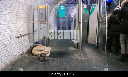 Homeless man sleeping on the subway in new york city stock photo royalty free image 28031192 - Subway porte de vincennes ...