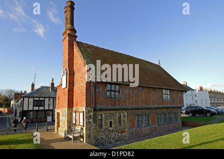 Aldeburgh Moot Hall,Suffolk,UK - a timber framed town hall dating from the 16th and 17th centuries.