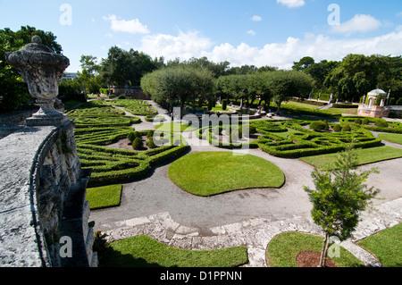 Vizcaya Museum and Gardens in Miami, Florida Stock Photo: 75694975 ...