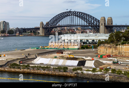 New cruise ship terminal under construction in Sydney Harbour - Stock Photo