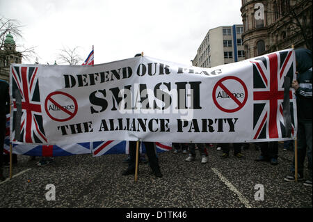 Belfast, UK. 5th Jan, 2013. Smash the Alliance party Banner, at the flag protests take place in Belfast after the - Stock Photo