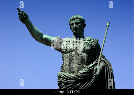 italy, rome, statue of roman emperor julius caesar augustus - Stock Photo