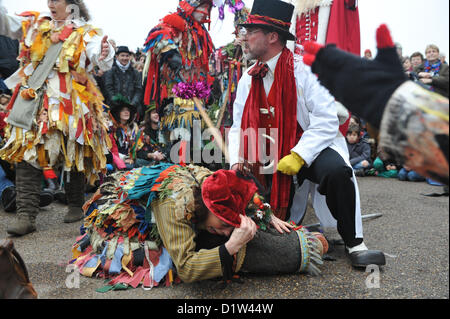 Bankside, London, UK. 6th January 2013. The Mummers performing the Mummers Play. Twelfth Night Celebrations on Bankside - Stock Photo