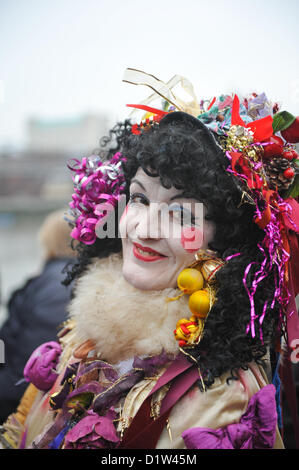 Bankside, London, UK. 6th January 2013. One of the Mummers performing 'The Mummers Play'. Twelfth Night Celebrations - Stock Photo