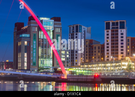 View from Newcastle Quayside of Millennium bridge and Baltic centre for contemporary arts in Gateshead, Tyne and - Stock Photo