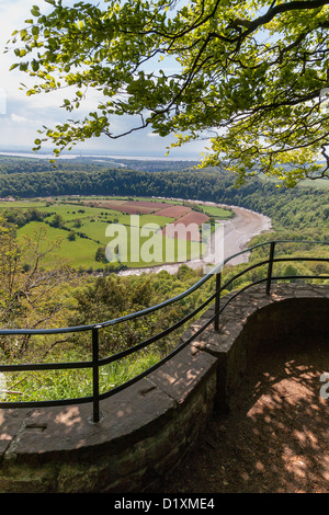 'RIVER WYE FROM WYE VALLEY VIEW POINT EAGLE'S NEST WITH RIVER SEVERN AND SEVERN BRIDGE IN BACKGROUND. Wales UK - Stock Photo