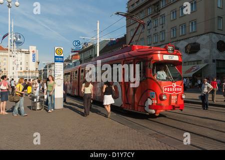 Elk192-1020 Croatia, Zagreb, Trg Josip Jelacica, streetcar - Stock Photo