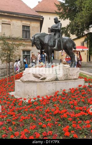 Elk192-1138v Croatia, Zagreb, statue of St George outside Stone Gate - Stock Photo