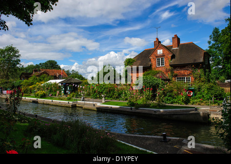 Sonning Lock, River Thames - Stock Photo