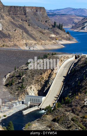 Anderson Ranch Dam located on the South Fork of the Boise River in Elmore County, Idaho, USA. - Stock Photo