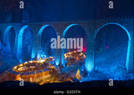 Christmas market in the Ravenna gorge, Ravenna bridge in the background, near Hinterzarten, Black Forest, Baden - Stock Photo