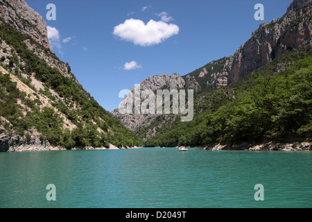 Verdon gorge at Lac de Sainte-Croix, at Aiguines, Provence, France - Stock Photo