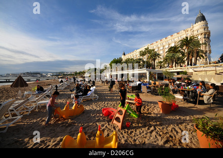 beach croisette cannes cote d 39 azur france stock photo royalty free image 111582619 alamy. Black Bedroom Furniture Sets. Home Design Ideas