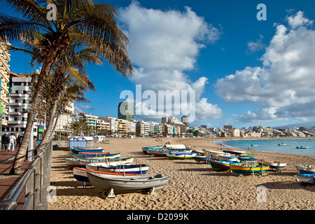 Boats on the beach in the sunlight, Playa de Las Canteras, Las Palmas, Gran Canaria, Canary Islands, Spain, Europe - Stock Photo