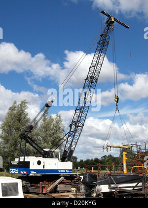 PPM crane removed from its tracks - Stock Photo