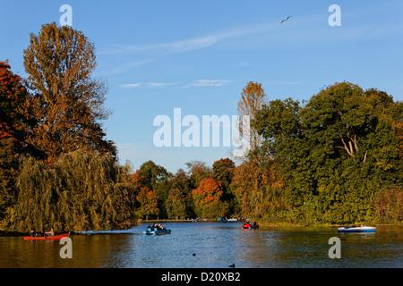 Lake Kleinhesseloher See in autumn, Englischer Garten, English garden, Schwabing, Munich, Upper Bavaria, Bavaria, - Stock Photo