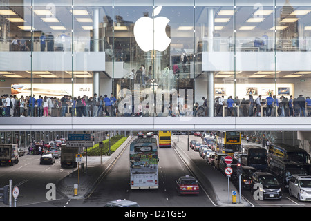 Apple store retail space above busy street, IFC Mall, Hongkong, China, Asia - Stock Photo