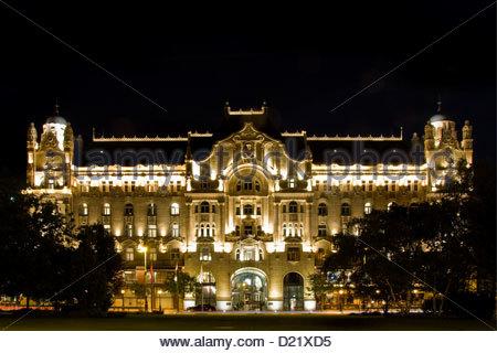 Hungary,Budapest,Gresham Palace; Four Seasons hotel - Stock Photo