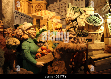 Departure of the fruit and vegetables from the heart of Paris on the 28th February 1969 in St. Eustache church in - Stock Photo