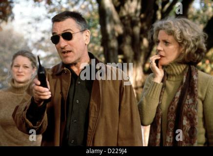Meine Braut, Ihr Vater Und Ich  Meet Parents  Pam Byrnes (Teri Polo), Jack Byrnes (Robert De Niro), Dina Byrnes - Stock Photo