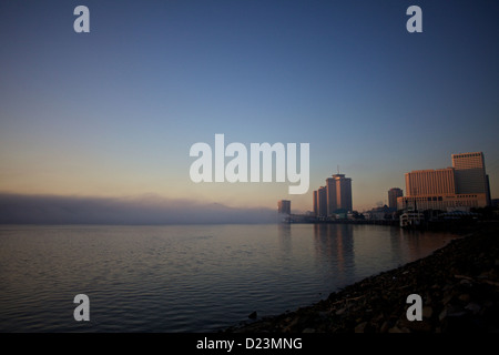 Fog rising over the Mississippi River in New Orleans - Stock Photo