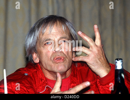 (dpa files) - German actor Klaus Kinski speaks about his film 'Kommando Leopard' ('Commando Leopard', 1985) during a press conference in Hamburg, 22 October 1985. An 'enfant terrible' of the film industry, his films include 'Aguirre, der Zorn Gottes' ('Aguirre: The Wrath of God') and 'Nosferatu: Phantom der Nacht' ('Nosferatu the Vampire'). Kinski was born on 18 October 1926 in Danzig, Germany (now Gdansk, Poland) under the name of Nikolaus Guenther Nakszynski and died on 23 November 1991 in Lagunitas, California, of a heart attack.