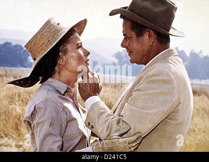 Smith - Ein Mann Gegen Alle  Smith!  Nancy Olsen, Glenn Ford Nora Smith (Nancy Olsen) sorgt sich um ihren Mann (Glenn - Stock Photo