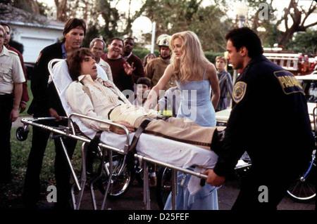 Verrueckt Nach Mary  There's Something About Mary  Ben Stiller, Cameron Diaz Ted (Ben Stiller) ist vom Pech verfolgt. - Stock Photo